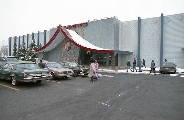 Loews -  Kon Tiki Theatre