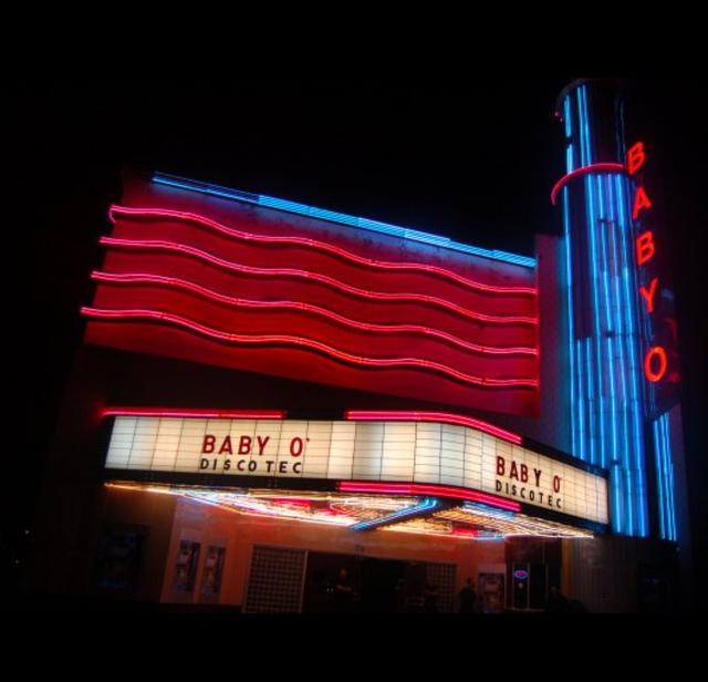 Circle Theater