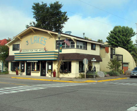 3 Lakes Theater Today