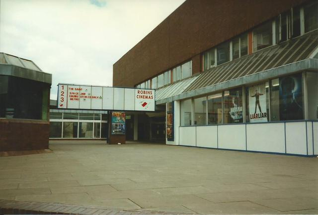 Robins Cinema