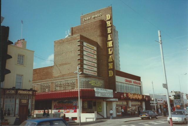 Dreamland Cinema