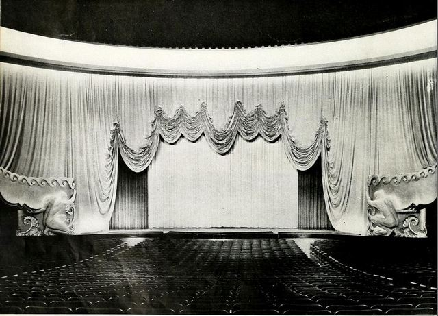 Cine Plaza, Juarez, Mexico in the 1940's - Screen and Curtains