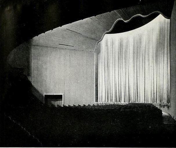 Hollywood Paramount Theatre 1942 - Proscenium