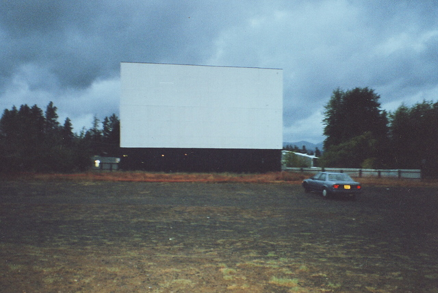 Hood Trail Twin Drive-In