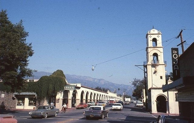Mid `60's photo of the Ojai Theatre on the right. Photo courtesy of the Lincoln Land Facebook page.