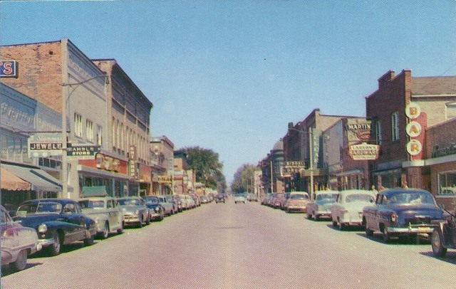 Mid `50's photo of the Cedar Theatre on the right. Photo courtesy of the Lincoln Land Facebook page.