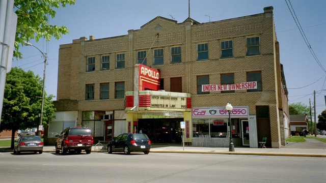 Princeton (IL) United States  city photos gallery : Apollo Theater in Princeton, IL Cinema Treasures
