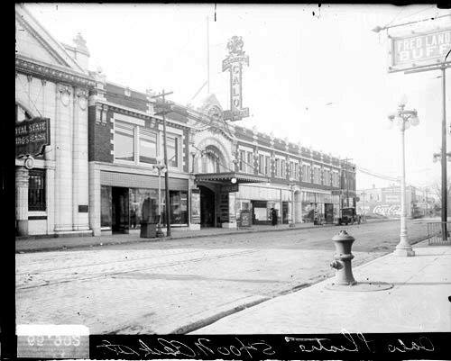 Circa 1916 photo of the Calo Theatre.