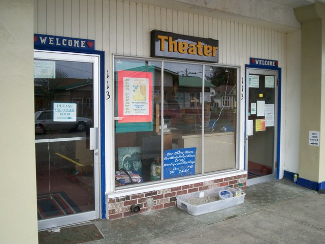 Elma Theatre | 113 N. Fourth Street, Elma, Washington. 1 scr… | Flickr