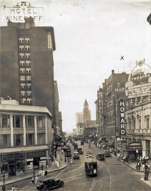 1927 photo as the Howard Theatre courtesy of the Atlanta Time Machine Facebook page.