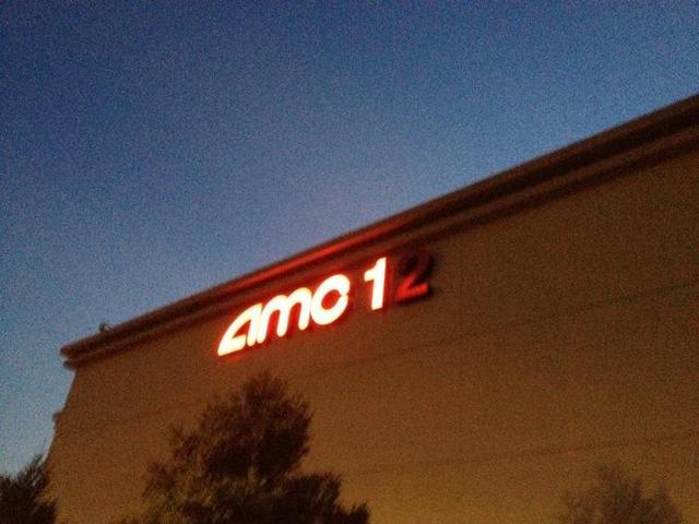 AMC Creve Coeur 12