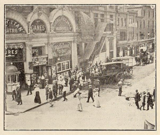 Ganes Manhattan Theatre, New York in 1911