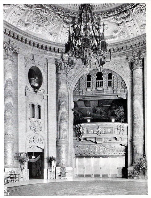 Roxy Theatre, New York in 1927 - Entrance to the Auditorium from the Grand Lobby
