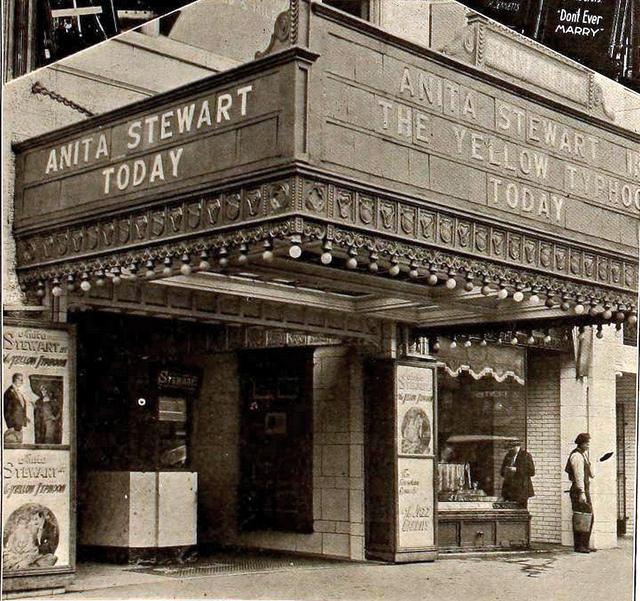 Strand Theatre, Akron, Ohio in 1920 - Entrance & Marquee