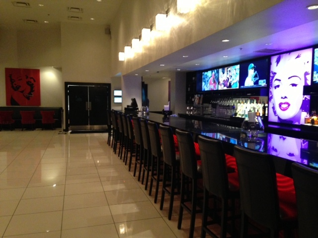 Bar and Lobby Lounge