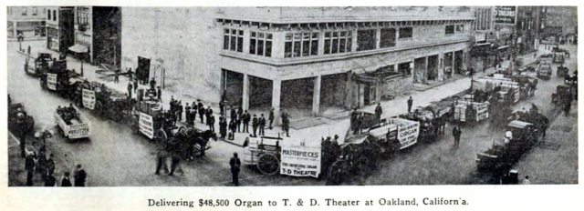 T and D Theatre, Oakland, California in 1916 - Taking delivery of the Organ