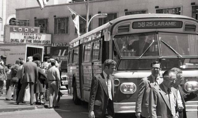 Photo courtesy of the Vintage CTA Bus Routes & Signs Facebook page.