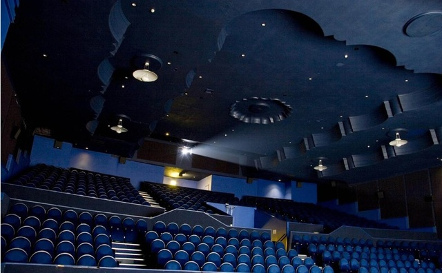 buy popular 4e11e 63cab Genesis Cinema in London, GB - Cinema Treasures
