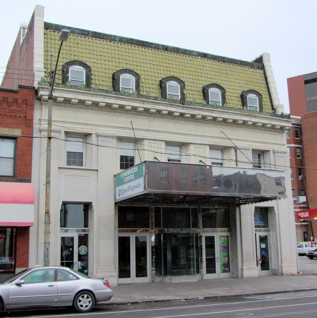 Plaza Theatre (Pittsburgh)