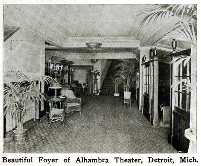 Alhambra Theatre, Detroit, Michigan in 1916 - Foyer