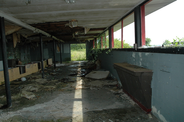 Middletown Drive In Concession Stand