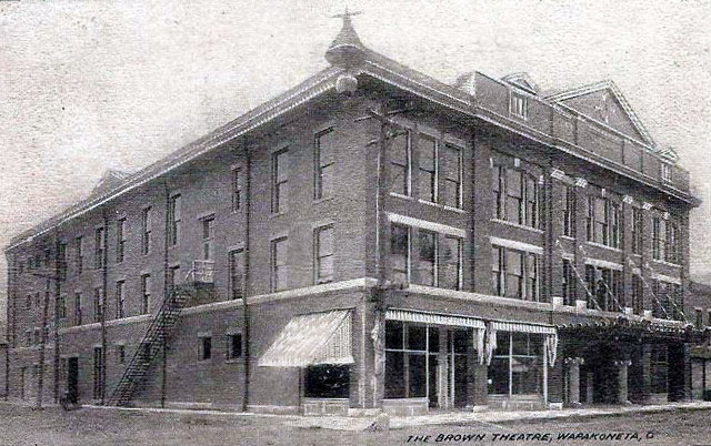 BROWN (WAPA) Theatre; Wapakoneta, Ohio.