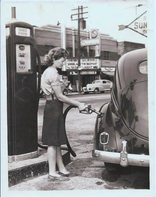1947 photo courtesy of PowerGlide Magazine Facebook page.