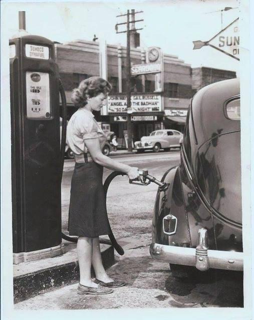 1947 photo courtesy of PowerGlide Magazine Facebook page.