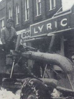 LYRIC THEATRE marquee in 1965