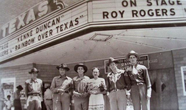 1946 photo credit Traces Of Texas Facebook page.