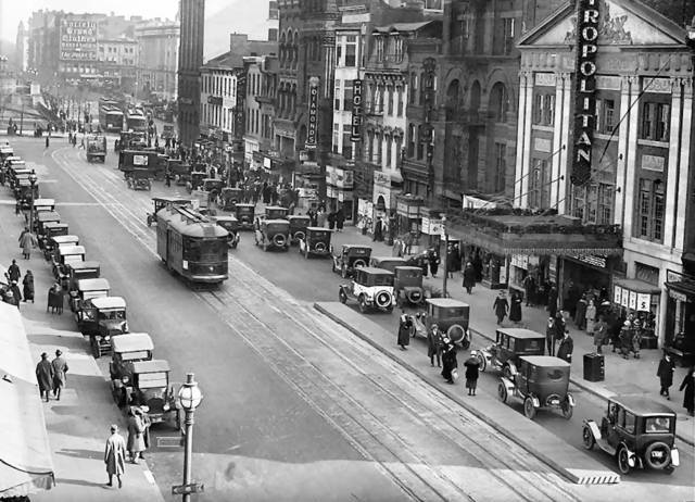 Circa 1920 photo courtesy of the AmeriCar The Beautiful Facebook page.