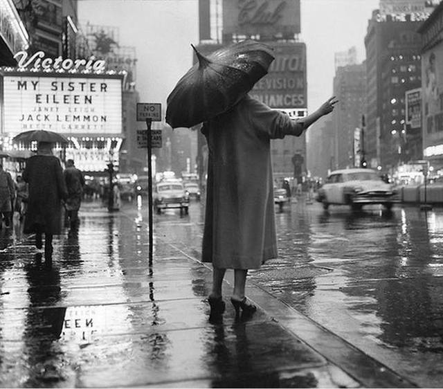 1955 photo courtesy of the Old Images Of New York Facebook page.