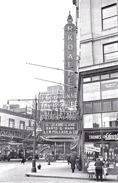 RKO Albee Theatre, 1 DeKalb Avenue, Brooklyn By George Mann via www.thegeorgemannarchive.com/ courtesy of Dianne Woods 1933