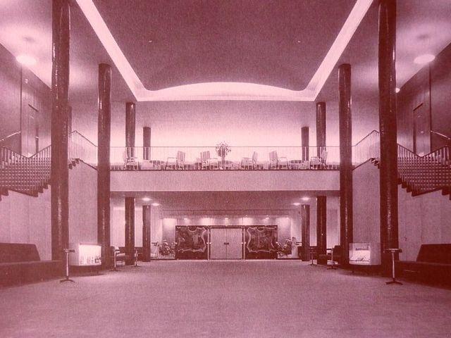 Foyer 1957