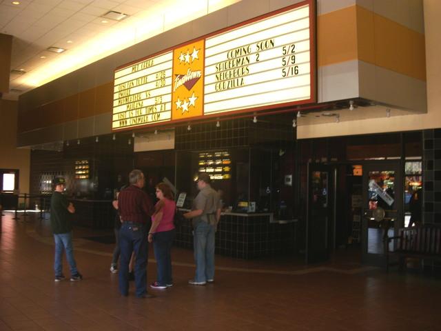 Cinemark Tinseltown 14