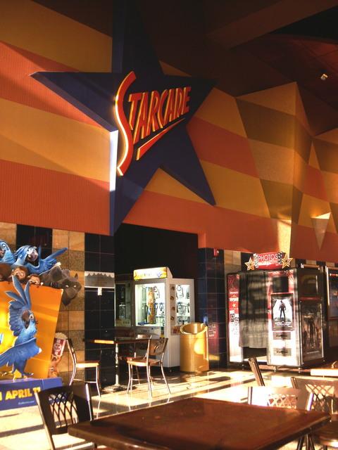 The Summit Reno >> Cinemark Reno Summit Sierra In Reno Nv Cinema Treasures