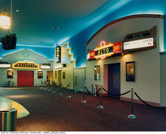 Oakville Town Centre Cinemas