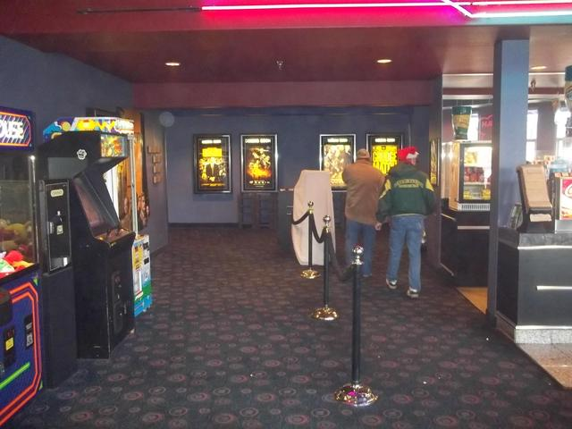 Movies in roseburg oregon