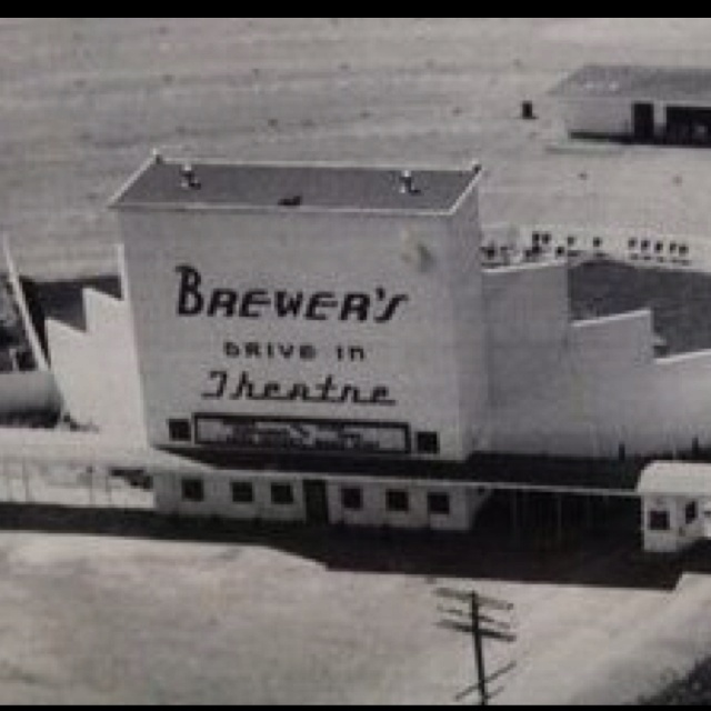 Brewer's Drive-In, Pauls Valley, OK.