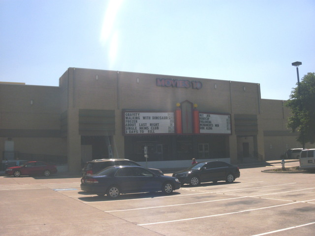 Cinemark Plano Movies 10