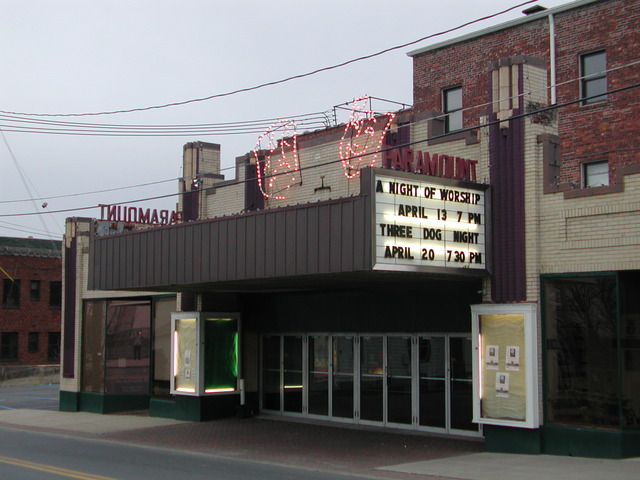 Middletown movie theather