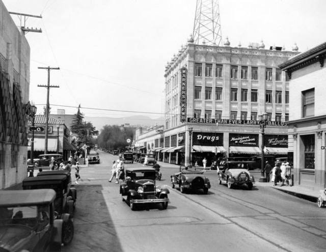 Looking North up Wilcox at Hollywood Blvd. Not Sunset. 1930 photo courtesy of the Old Cars Facebook page.