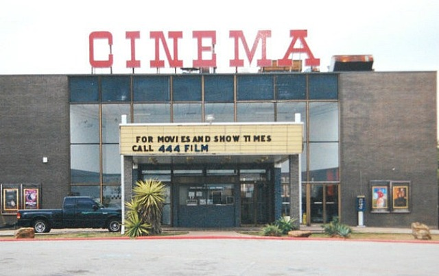 Park Plaza Cinema