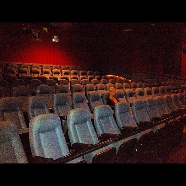 Island Cinemas 10 In Middletown Ri
